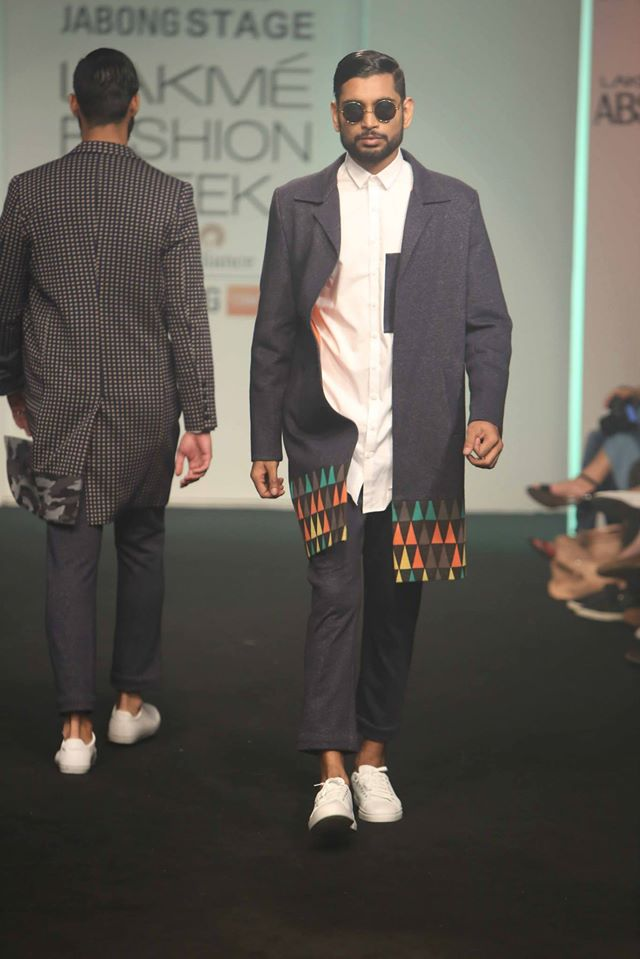 MANISH-BANSAL-SOL-BY-PIYUSH-DEDHIA-TANIEYA-KHANUJ-at-Lakme-Fashion-Week (2)
