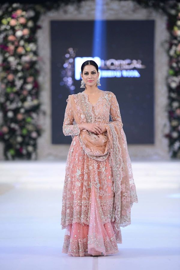 Misha-Lakhani-at-PFDC-LOreal-Paris-Bridal-Week-2015-2016 (2)