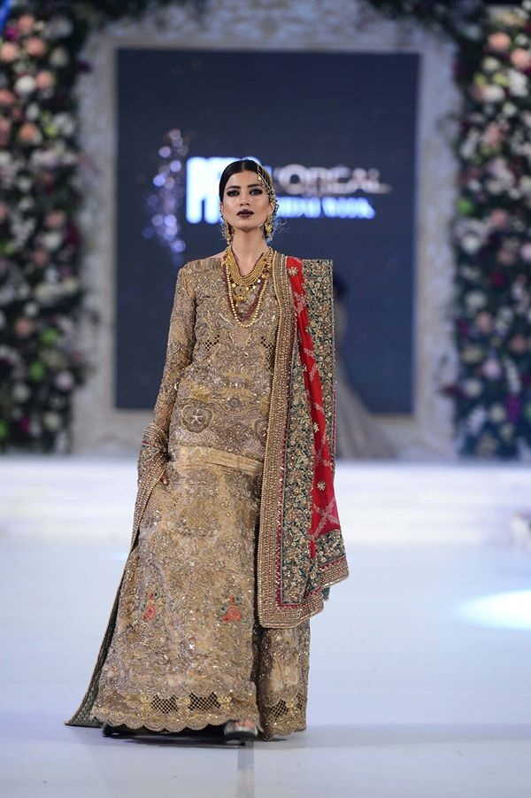 Saffuse-by-Sana-Yasir-at-PFDC-LOreal-Paris-Bridal-Week-2015-2016 (1)