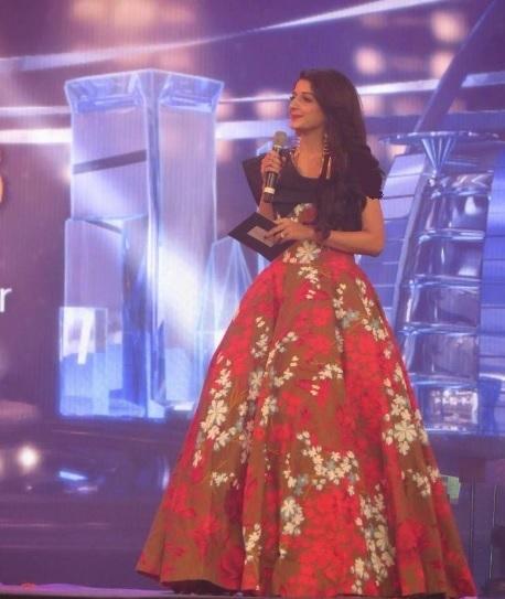 Mawra Hocane in Cindrella Frock at Hum Awards
