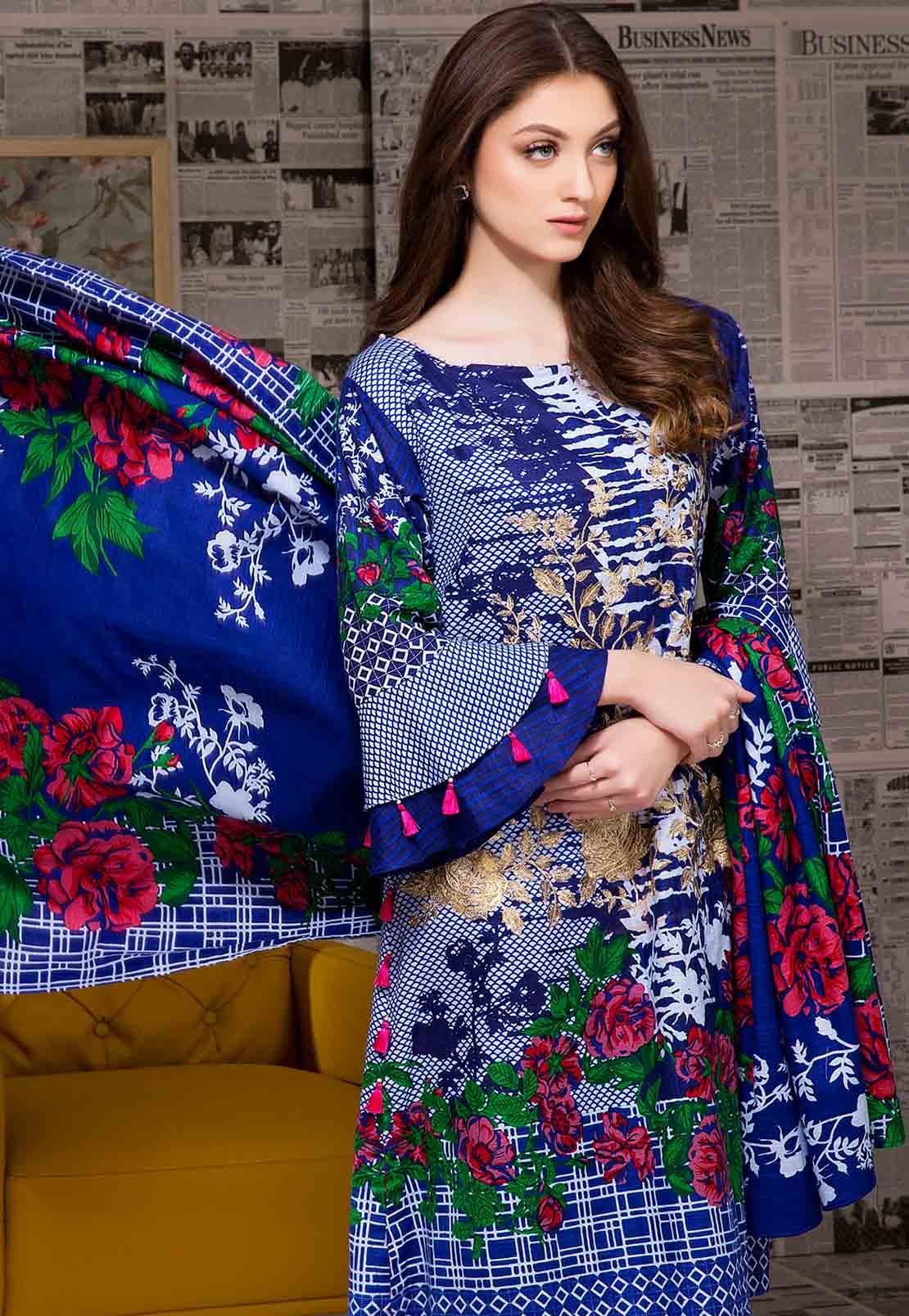 Royal blue Khaddar embroidered three-piece winter dress for anchorwomen