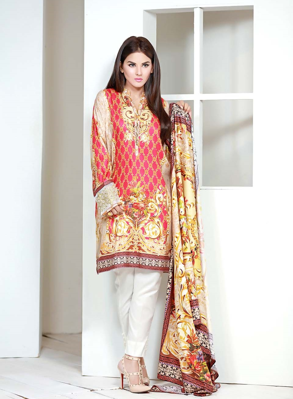 SK digital embroidered linen winter suit