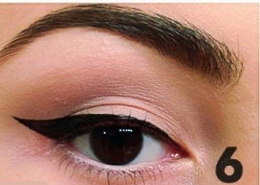 how to apply winged eyeliner (6)