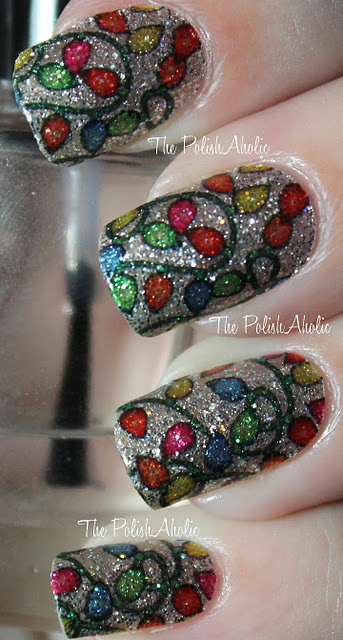 Last-Minute-Christmas-Nail-Art-Hacks-n-Tricks (16)
