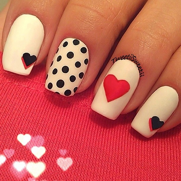 Last-Minute-Christmas-Nail-Art-Hacks-n-Tricks (43)