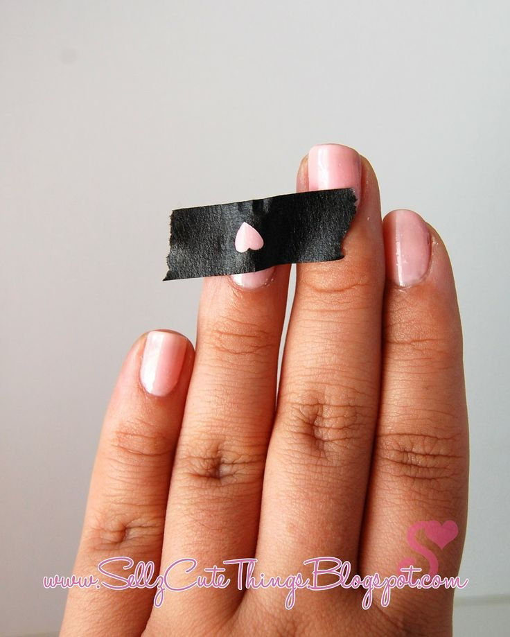 Last-Minute-Christmas-Nail-Art-Hacks-n-Tricks (53)