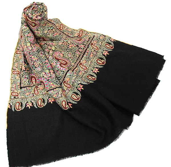 Designer-Embroidered-Kashmiri-Shawls-by-Farah-Khan (17)