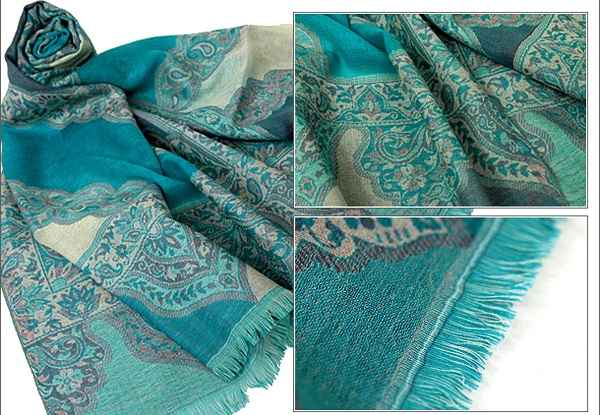 Designer-Embroidered-Kashmiri-Shawls-by-Farah-Khan (32)