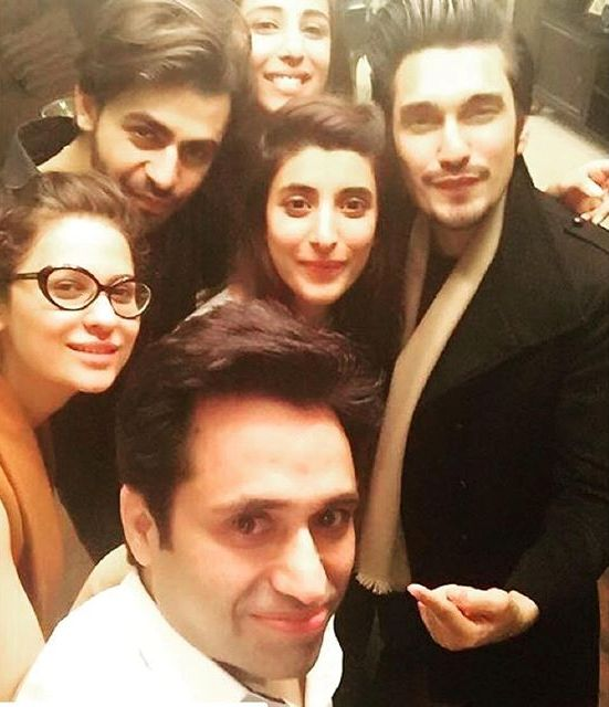 Asim-jofa-pictures-with-freids-and-family (2)