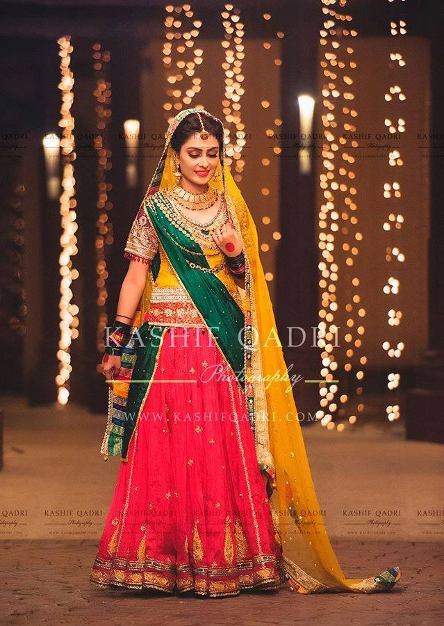 Ayeza-Khan-Mehndi-photo-shoot (2)