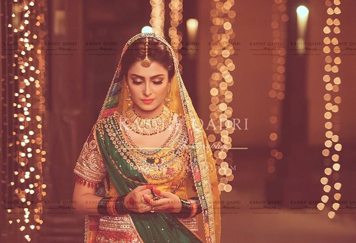 Ayeza-Khan-Mehndi-photo-shoot (3)