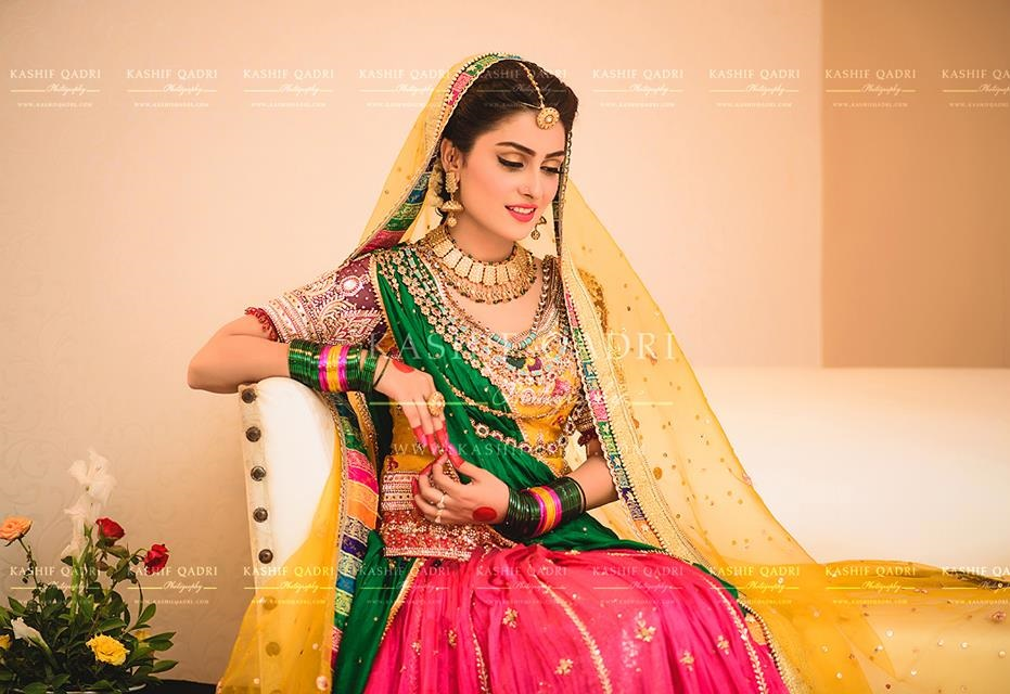 Ayeza-Khan-Mehndi-photo-shoot (4)