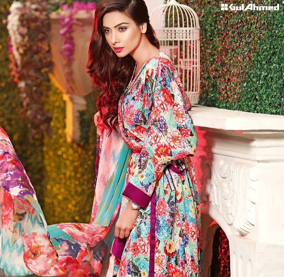 The frog and the princess wallpaper, Designer kalki latest sarees collection