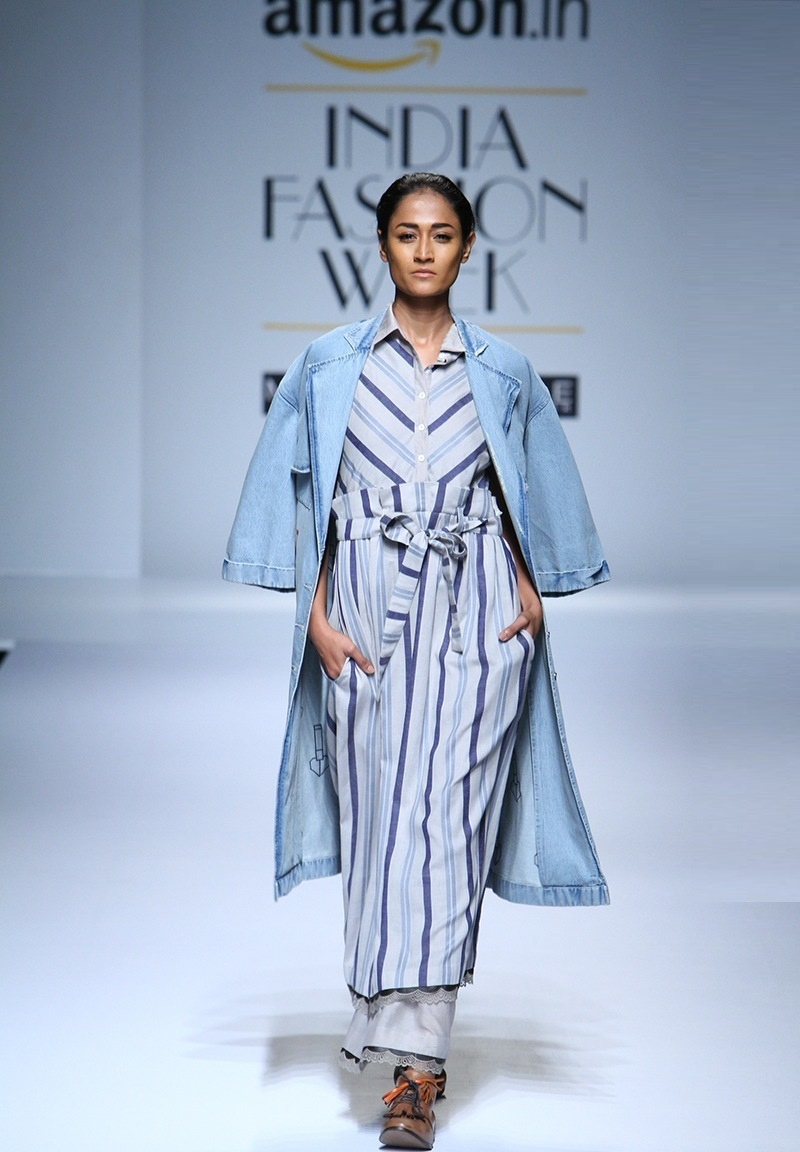 Ikai-by-Ragini-Ahuja-summer-2016-2017-at-Amazon-India-Fashion-Week (3)