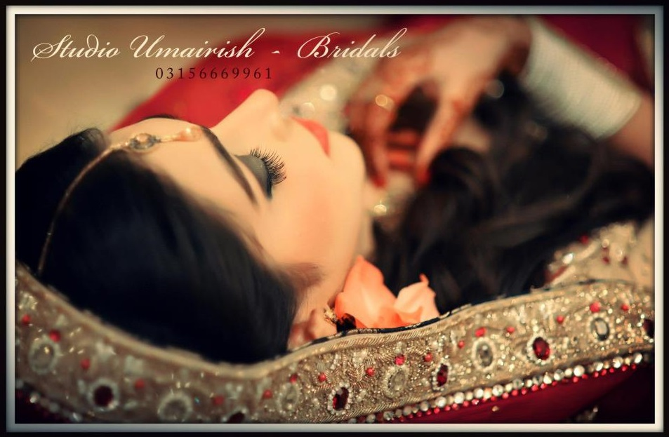 Studio-Umairish-Photography-by-Umair-Ishtiaq (4)
