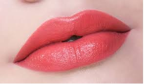 glossy pink lip color