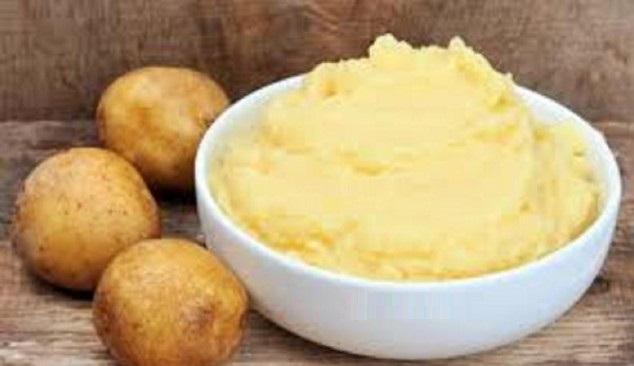 potato paste for dark circles