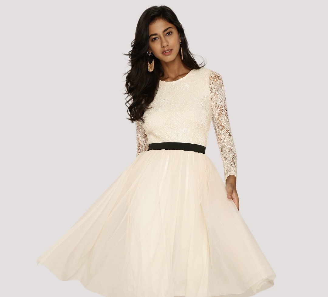 KOOVS lace bodice tulle dress in white color