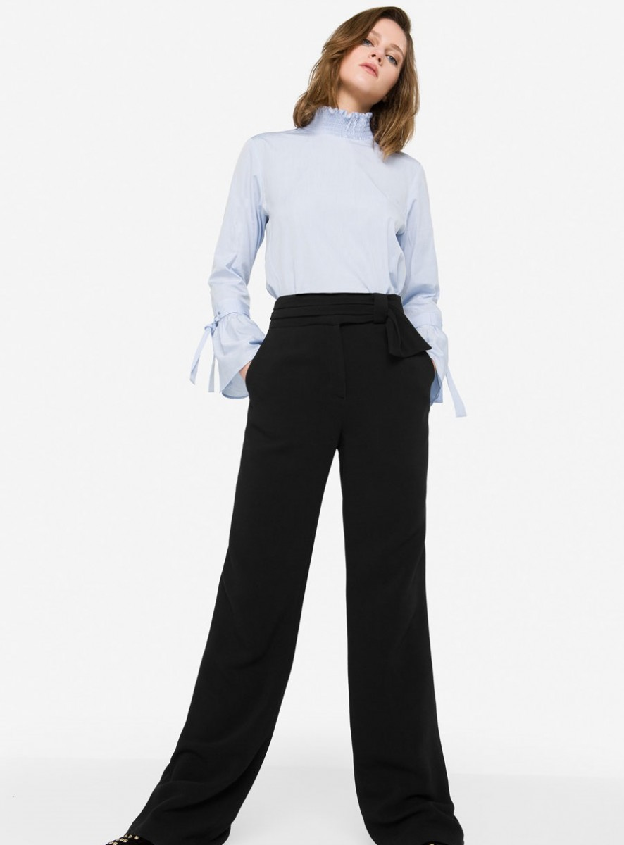 Uterque Winter straight cut trousers with bow detail