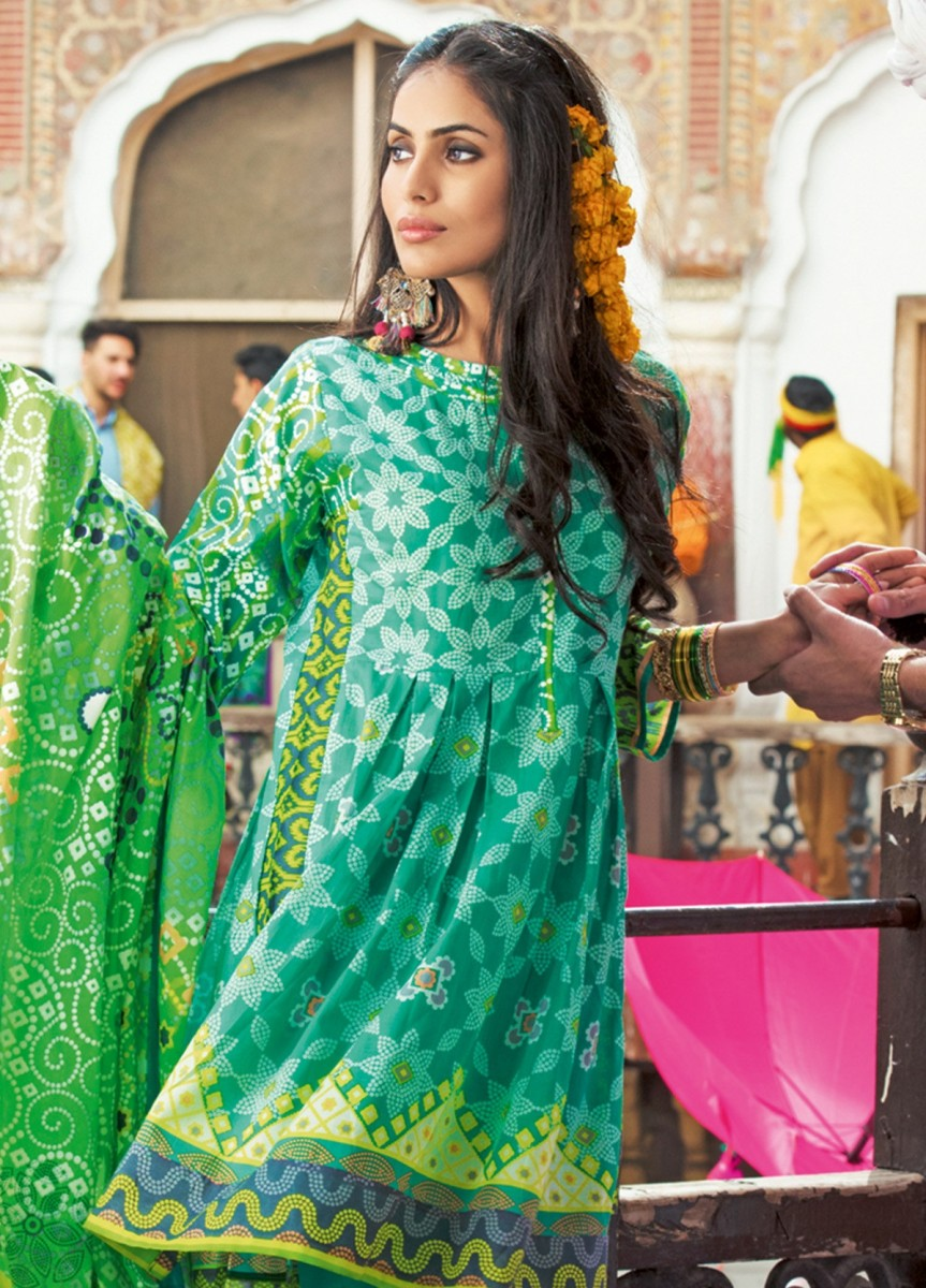 bright green lawn 3 piece printed dress by Gul Ahmed