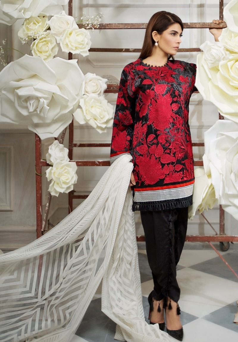 Sana Safinaz Jacquard floral embroidered suit with flock net stripped dupatta