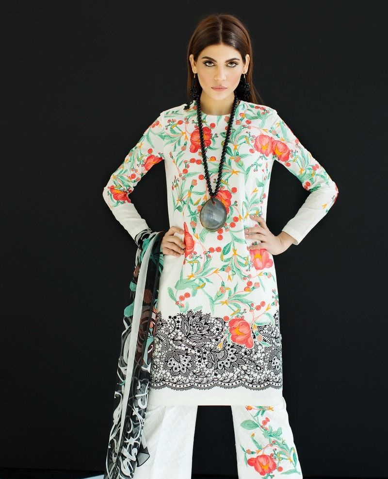 Sana Safinaz Lawn suit in contrasting pink and green print