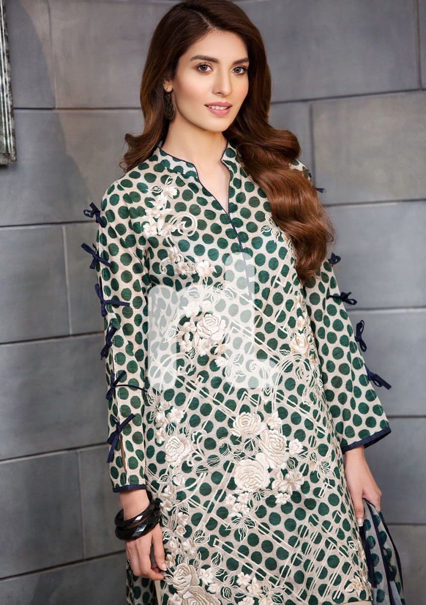 Nishat Polka dot printed lawn suit with chiffon dupatta