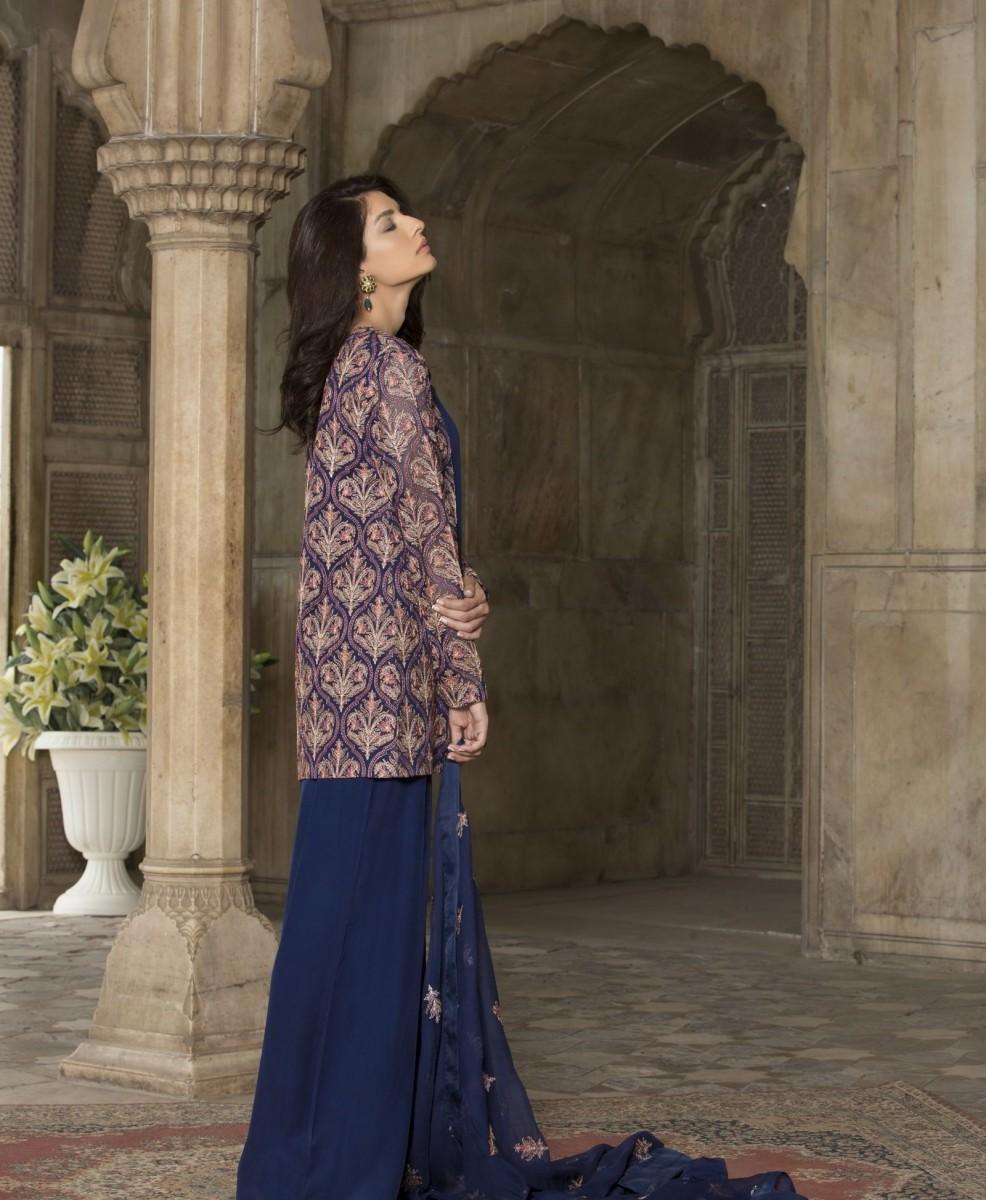Stylish Chiffon Eid Outfit by Bareeze