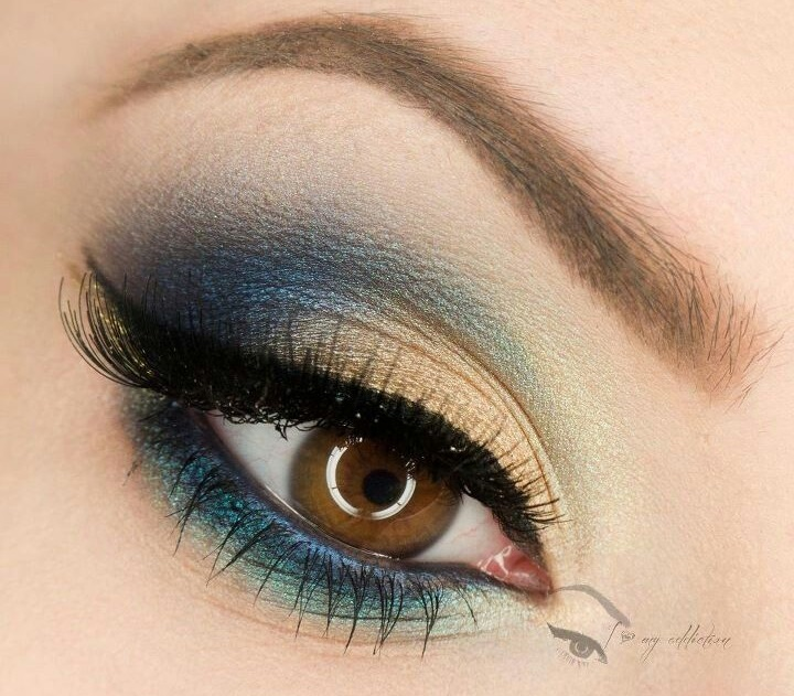 Good makeup for hazel eyes