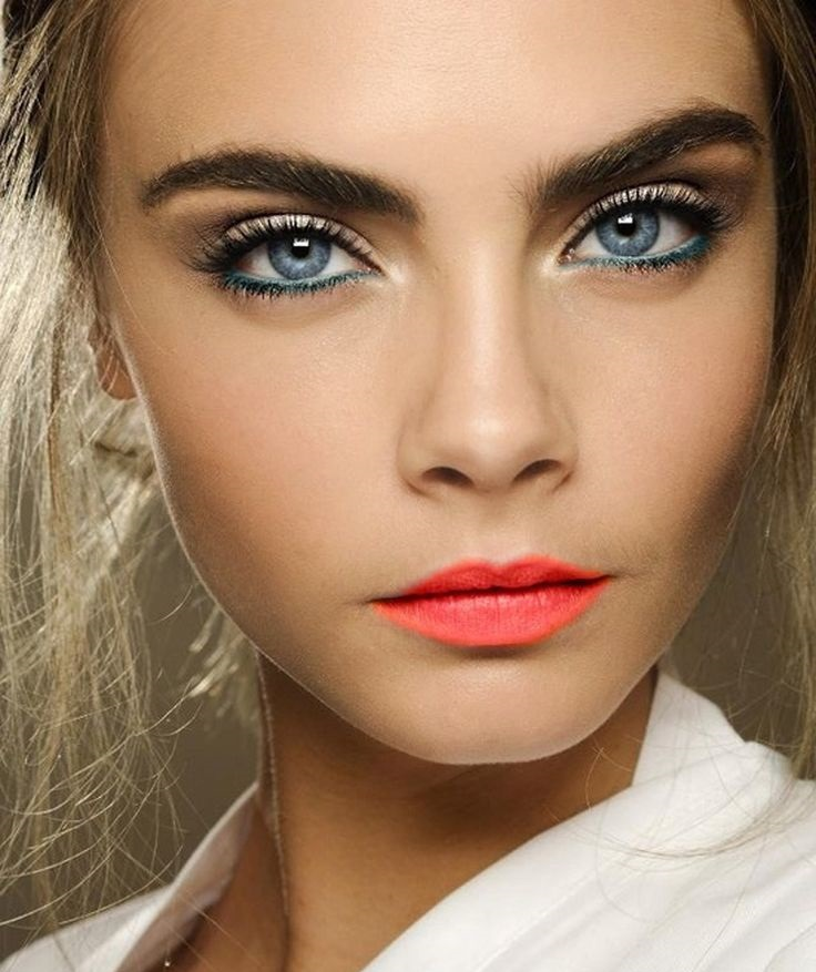 Makeup for blue colored eyes