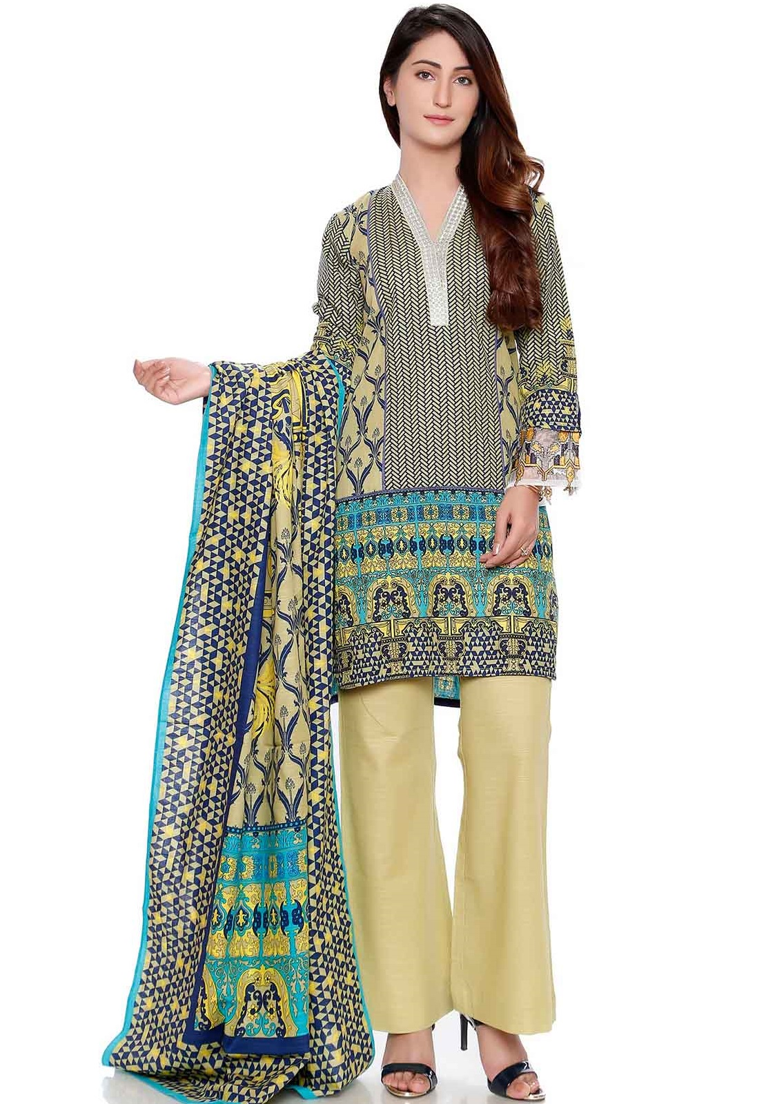 Warda 3-piece embroidered khaddar suit for winter
