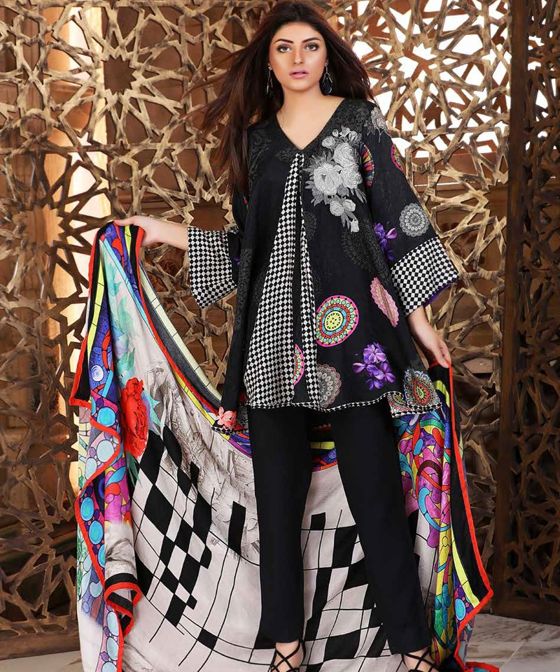 Charizma checkers in Print black outfit for winter