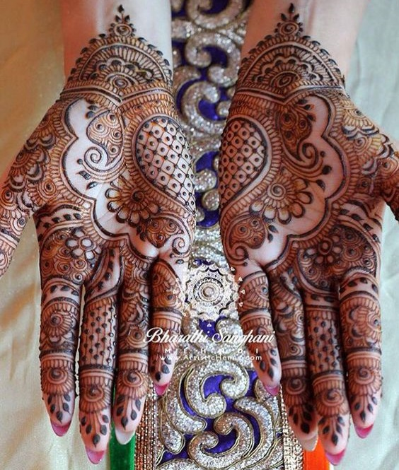 Intricate shaded mehndi designs (1)