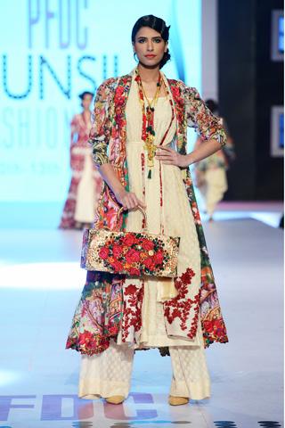 fashion-shows-khaadi-khaas-2014