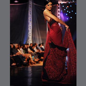 half-blouse-saree-umar-sayeed-2014-collection