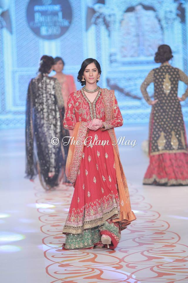 Bridal-Dresses-collection-by-Nida-Azwer-Panteen-Bridal-Couture-Week-2014 (3)