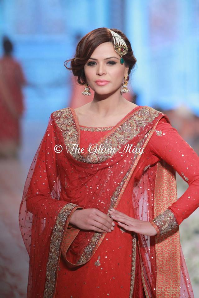 Bridal-Dresses-collection-by-Nida-Azwer-Panteen-Bridal-Couture-Week-2014 (4)