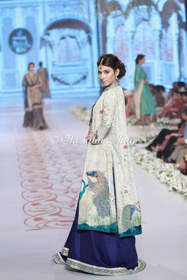 Bridal-Dresses-collection-by-Nida-Azwer-Panteen-Bridal-Couture-Week-2014 (9)