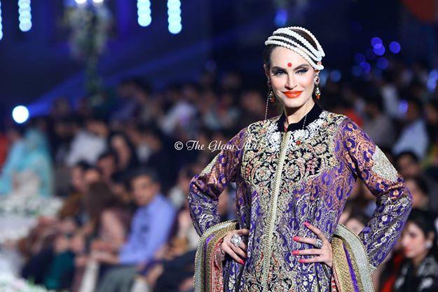 Deepak-Perwani-Bridal-Collection-at-Pantene-Bridal-Couture-Week-2014-1 (1)