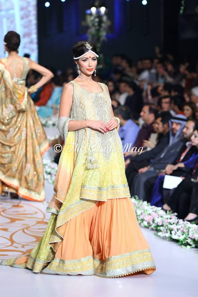 Deepak-Perwani-Bridal-Collection-at-Pantene-Bridal-Couture-Week-2014-1 (5)