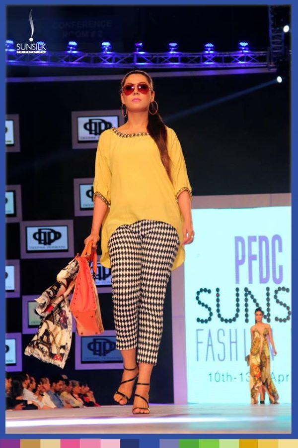 Deepak-Perwani-collection-PSFW-2014 (6)