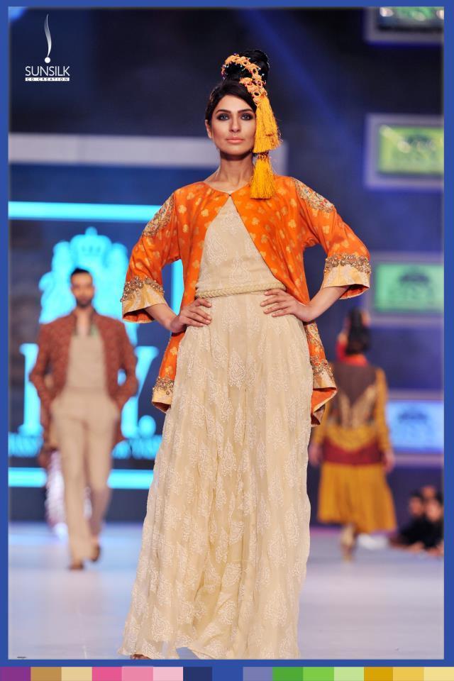 Hassan-Sheheryar-Yasin-Collection-at-PFDC-Sunsilk-Fashion-Week-2014 (10)