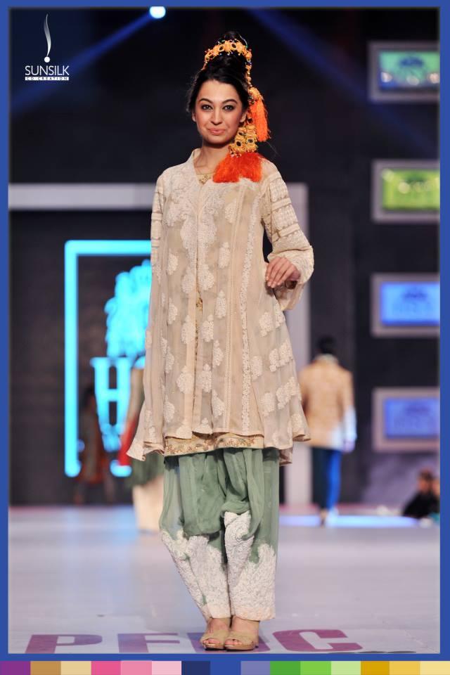 Hassan-Sheheryar-Yasin-Collection-at-PFDC-Sunsilk-Fashion-Week-2014 (19)