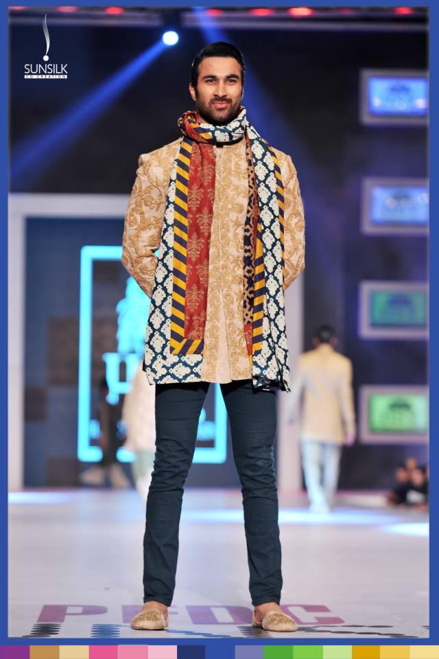 Hassan-Sheheryar-Yasin-Collection-at-PFDC-Sunsilk-Fashion-Week-2014 (2)