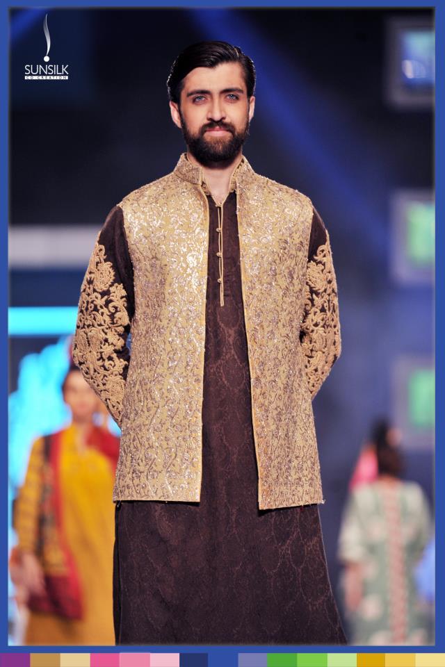 Hassan-Sheheryar-Yasin-Collection-at-PFDC-Sunsilk-Fashion-Week-2014 (28)
