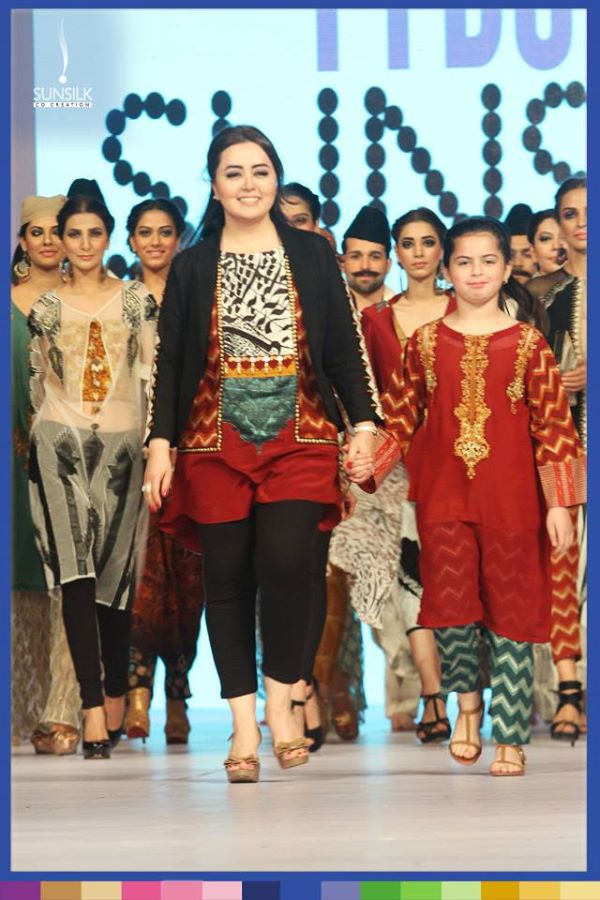 Maria-B-Ladakh-connection-PFDC-Sunsilk-Fashion-Week-2014-@stylesglamour-com (15)