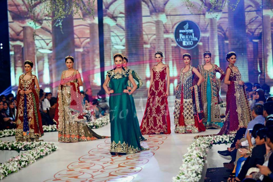PBCW 2014 Floral Tapestries Embroidered Dreams By Tabassum Mughal