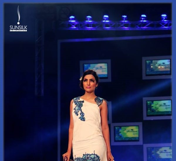 rukn-e-alam-collection-by-hina-but-pfdc-sunsilk-fashion-week