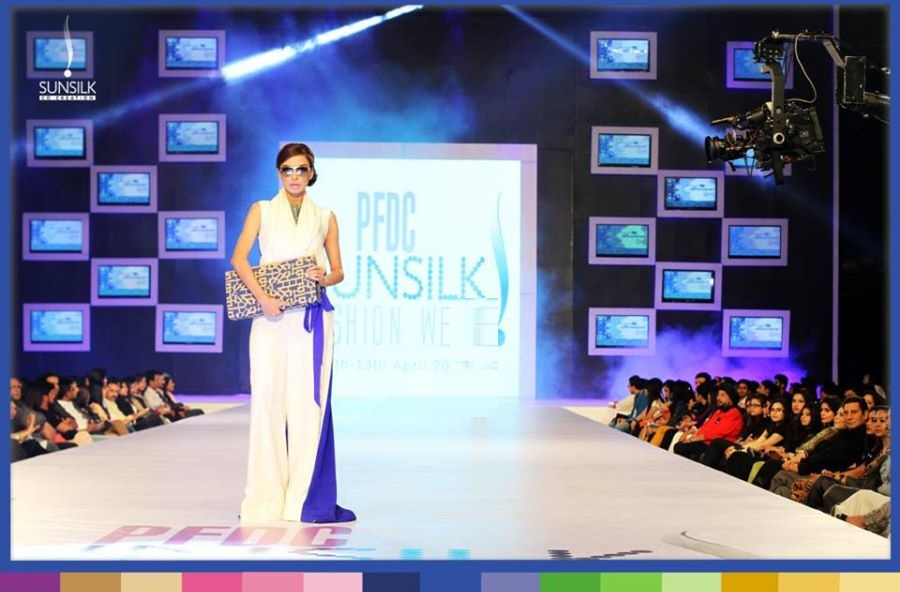 rukn-e-alam-collection-by-hina-but-pfdc-sunsilk-fashion-week-11