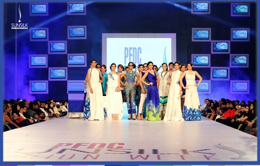 rukn-e-alam-collection-by-hina-but-pfdc-sunsilk-fashion-week-7